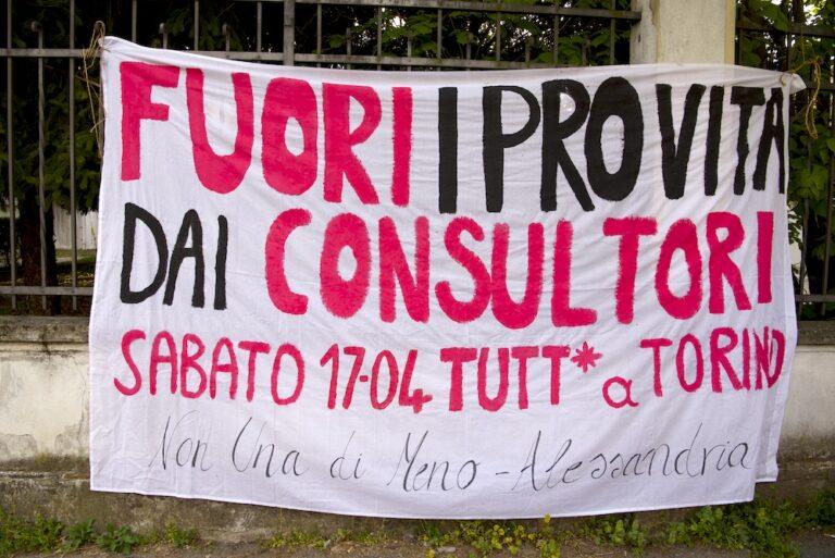 Fuori gli antiabortisti dai consultori! Sabato 17 aprile tutt* a Torino!